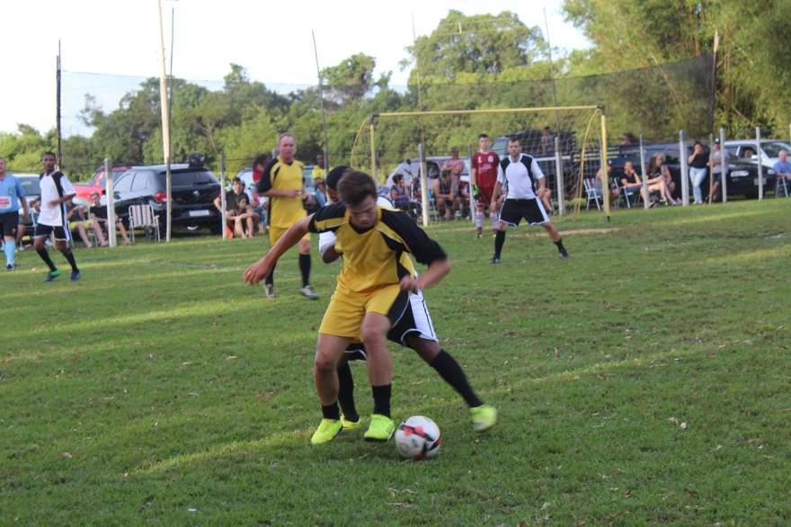 Equipes A: Ouro Preto 1 x 0 Pinheiro