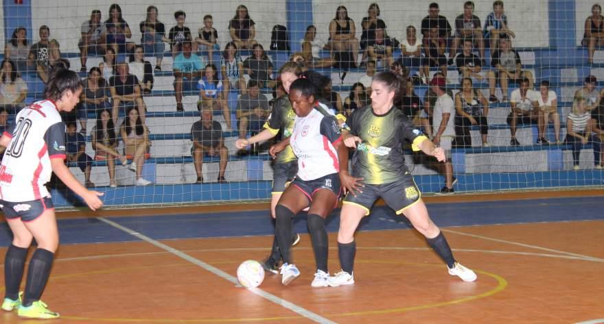 Verona 2 x 0 Flamengo