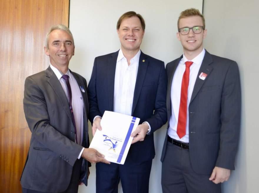 Prefeito Paulo, Anderson Rohde e o deputado Lucas Redecker em Brasília