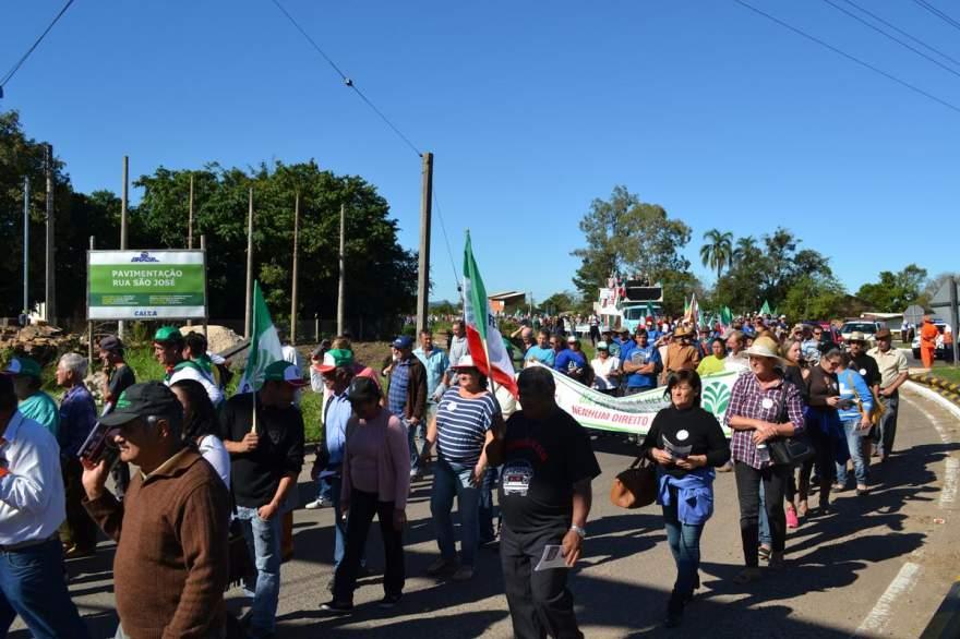 A entrada dos manifestantes na cidade