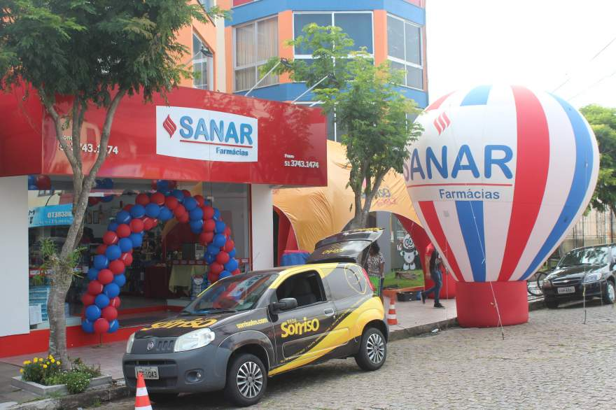 Rede Sanar de Farmácias inaugurou a filial 163 no centro de Candelária - Fotos: Tiago Mairo Garcia - Folha