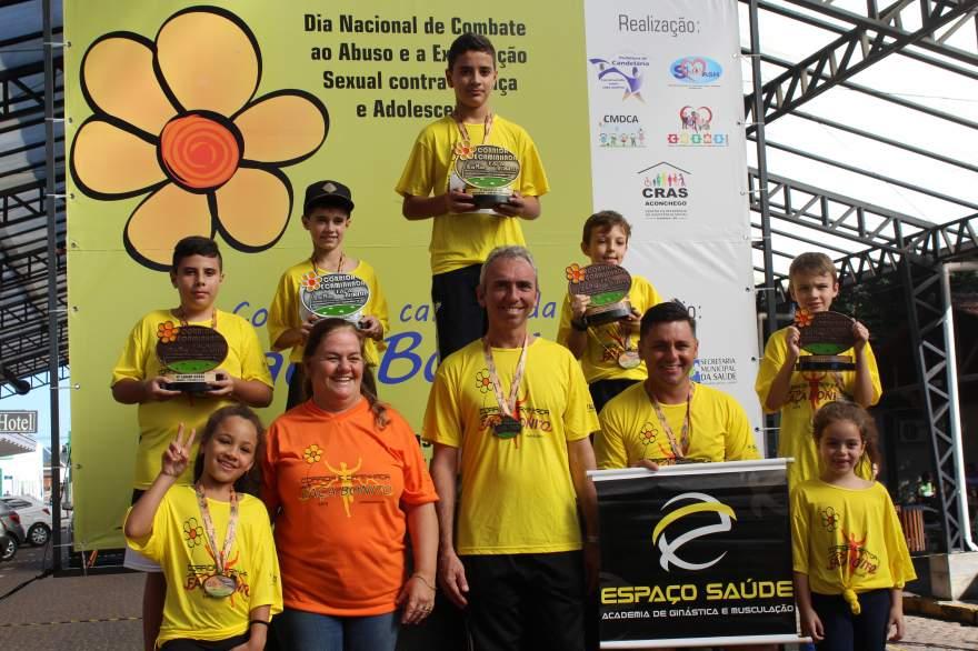 Premiação da corrida infantil 1km masculino