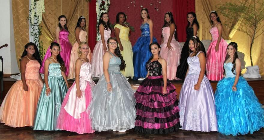 As 15 debutantes