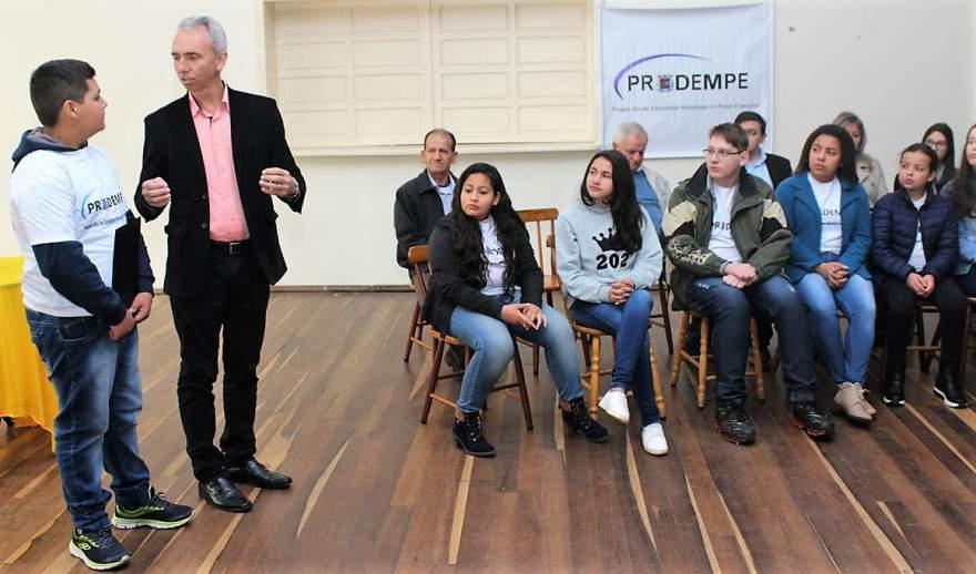 Prefeito Paulo parabenizou todos os alunos pela participação no projeto