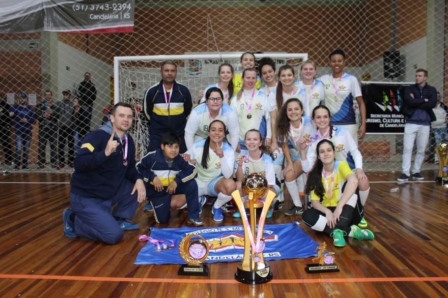 Colégio Medianeira, campeão feminino