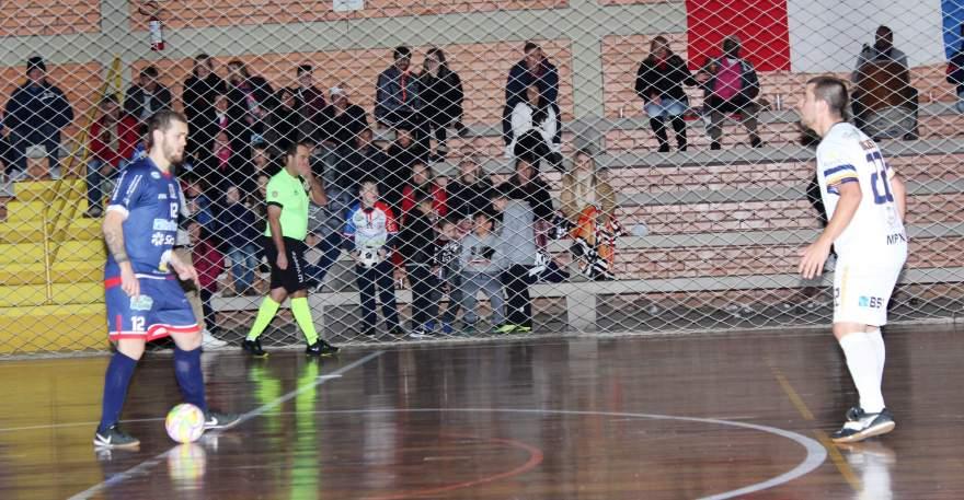 Atlético 4 x 3 XV de Novembro