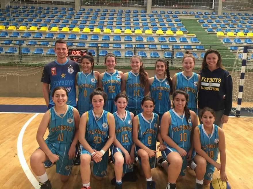 Equipe Sub-15 feminina do Flyboys: Três jogos e três vitórias no Estadual de Basquete - Crédito: Divulgação / Flyboys