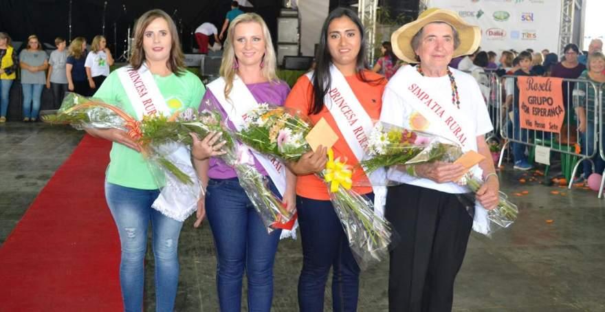 As vencedoras: Fabrícia, Tânia, Roseli e Iria Faber