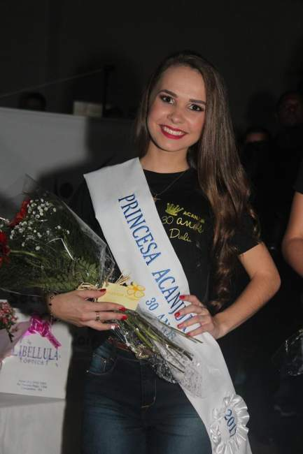 Diulia, com a faixa de 1ª princesa