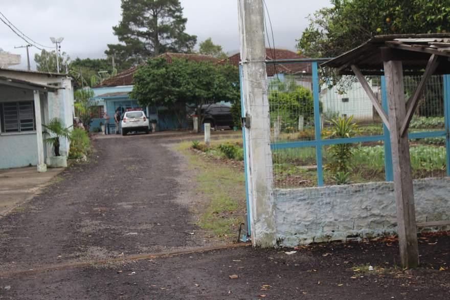 Detento teria fugido pelo telhado da casa prisional. Brigada Militar e Susepe realizam buscas - Crédito: Tiago Mairo Garcia - Folha