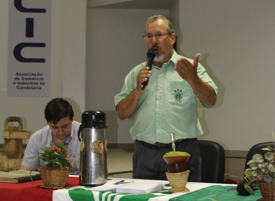 Juarez da Rosa Candido foi reeleito presidente do Sindicato dos Trabalhadores Rurais pela sexta vez - Fotos: Tiago Mairo Garcia - Folha de Candelária