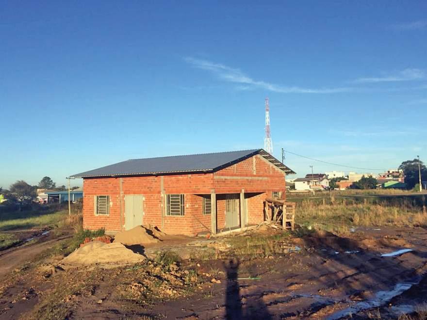 Sede está localizada próxima à rótula de acesso a Novo Cabrais na RSC-287 (Foto: Diego Foppa)