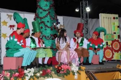 Núcleos culturais da ACCEV se reúnem para grande espetáculo de Natal