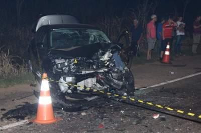 O Ford Focus teve os dois airbags acionados: os dois ocupantes foram medicados e liberados