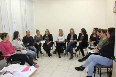 Justiça Federal restringe atividade de enfermeiros no SUS