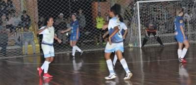 Municipal de Futsal: Medianeira vence duelo feminino contra o Marvados