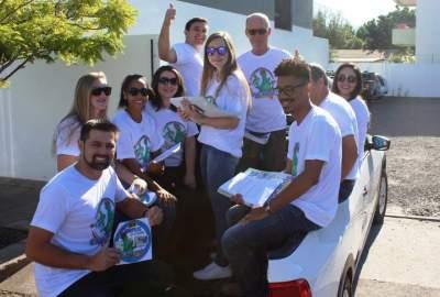 """Expocande: campanha dos """"dinopilas"""" é divulgada no centro"""