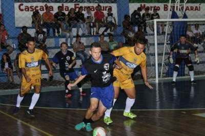 Municipal de Futsal: vitórias do Palmeiras e do Marvados