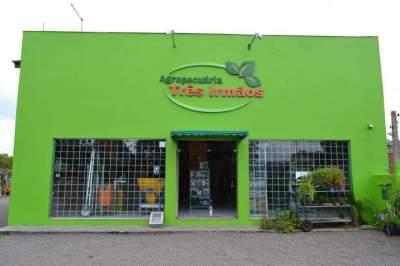 Nova fachada da empresa situada na Vila Botucaraí