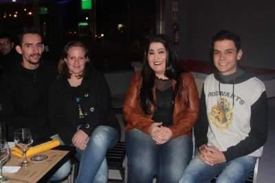 Felipe Xavier e Natana Ellwanger, Virginia Gomes, Ronaldo Cezar