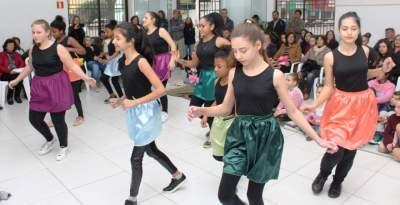 Um domingo de música, dança e poesia na Casa de Cultura