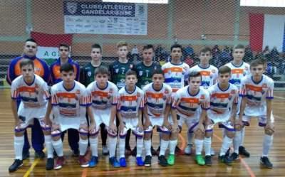 Korpus/Atlético vence AGE de Guaporé e lidera sua chave na Liga Gaúcha de Futsal Sub 15