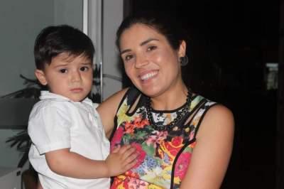 Nice Oliveira e o filho Joaquim