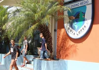 Guia Lopes: 90 anos dedicados à educação de cidadãos candelarienses