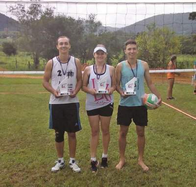 Vôlei:Trio de Cerro Branco conquista torneio regional