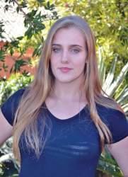 Eduarda Lange, 17 anos
