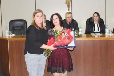 Elaine Skolaude recebe título de cidadã candelariense