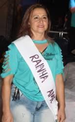 A Rainha Silene Ribeiro, representante do Grupo Esperança de Taboão