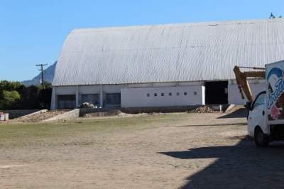 Rancho Atacadista recebe currículos em Candelária