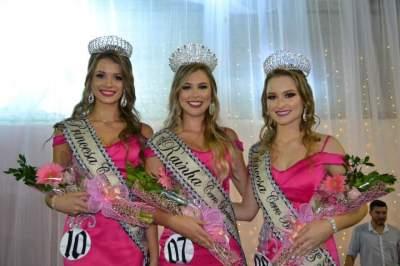 A coroação das novas soberanas de Cerro Branco