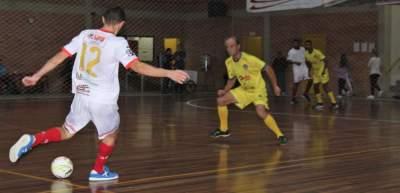Vila Real 3 x 2 Posto Potrich/Lojas Braatz