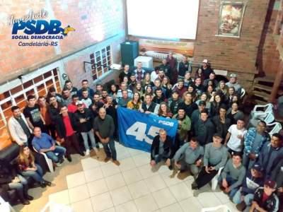 Encontro no Consulado Colorado reuniu cerca de 100 jovens