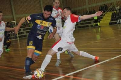 Atlético 3 x 3 XV de Novembro