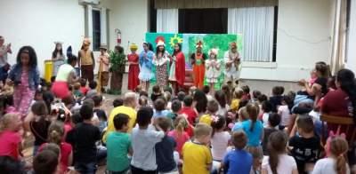 Grupo de teatro Cooper Arte & Manha encanta os pequenos no mês da criança