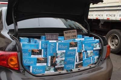 Carro com placas de Candelária é apreendido transportando 13 mil maços de cigarro