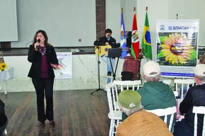 Palestra realizada pela Assistente Técnica da Emater Silvana Canova foi um dos destaques da programação