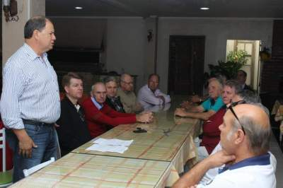 Deputado federal Alceu Moreira cumpre visita a Candelária