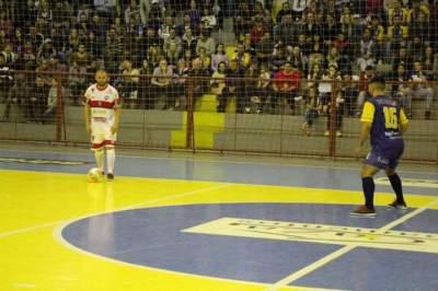 Maxxy é goleado em casa e o Atlético perde em Vila Maria