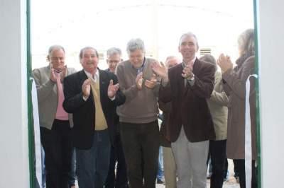As autoridades no ato de inauguração do novo espaço do Sindicato Rural