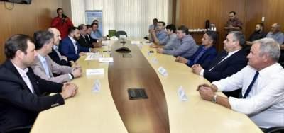 Reunião ocorreu na Secretaria de Desenvolvimento Econômico e Turismo, em Porto Alegre