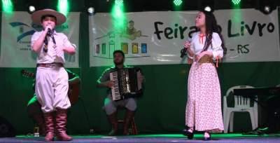Entrevista: Thomas Machado e Luiza Barbosa