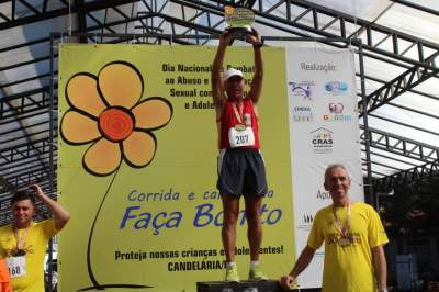 Premiação acima de 65 anos masculino 8km