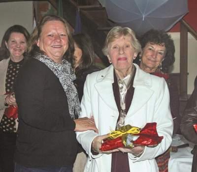 A vice-presidente da Casa da Amizade, Marlene Mahl, e Beloni Ellwanger