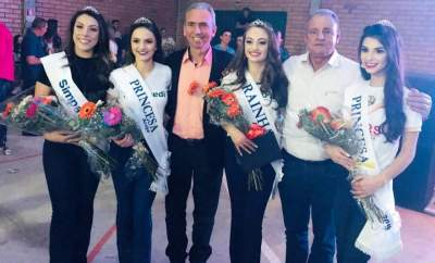 As eleitas com o prefeito de Candelária, Paulo Butzge, e o vice-prefeito, Nestor Ellwanger