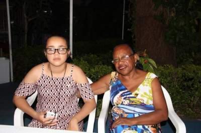 Cleonice  de Freitas e neta Eduarda