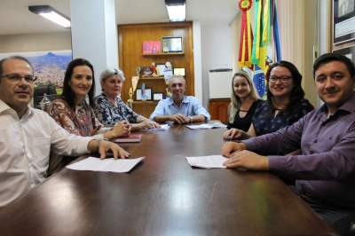 Dívida dos precatórios: Justiça intermedia conciliação entre município e professores